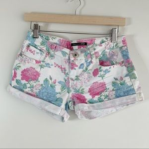 White Floral Low-Rise Jean Shorts, 3